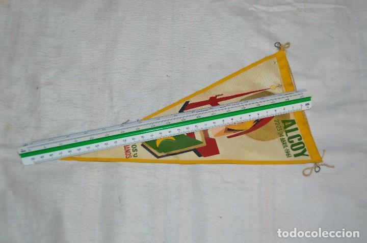 Banderines de colección: LOTE 2 BANDERINES FIESTAS ALCOY - AÑOS 60 - MUY BONITOS Y CURIOSOS - HAZ OFERTA - ENVÍO 24H - Foto 14 - 128099147