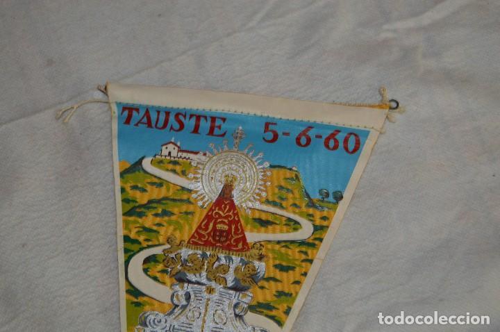 Banderines de colección: ANTIGUO BANDERIN - TAUSTE - INAUGURACIÓN NUEVO ACCESO SANTUARIO N. SRA DE SANCHO ABARCA - ENVÍO 24H - Foto 2 - 128099467