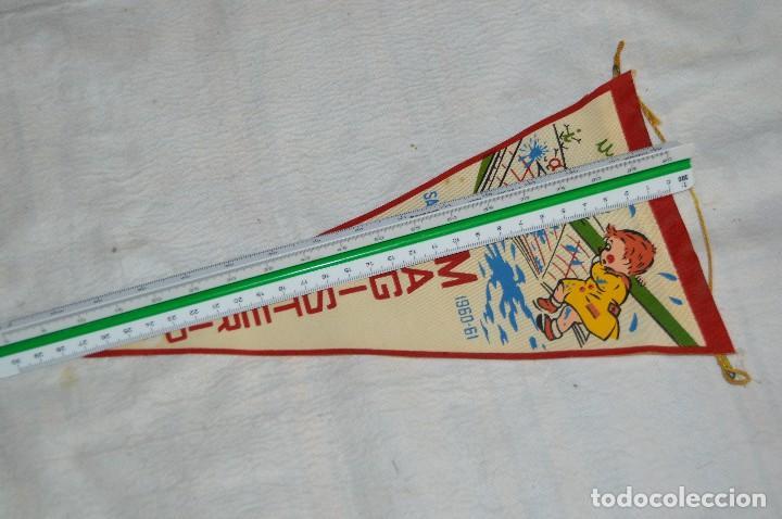 Banderines de colección: ANTIGUO BANDERIN - SANTANDER 1960, 61 - MAGISTERIO - HAZ OFERTA - ENVÍO 24H - Foto 5 - 128099979