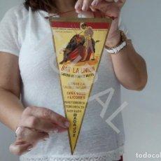 Banderines de colección: TUBAL BANDERIN BADAJOZ BAR LA UNION MANOLO VAZQUEZ TAUROMAQUIA TOROS. Lote 128980259