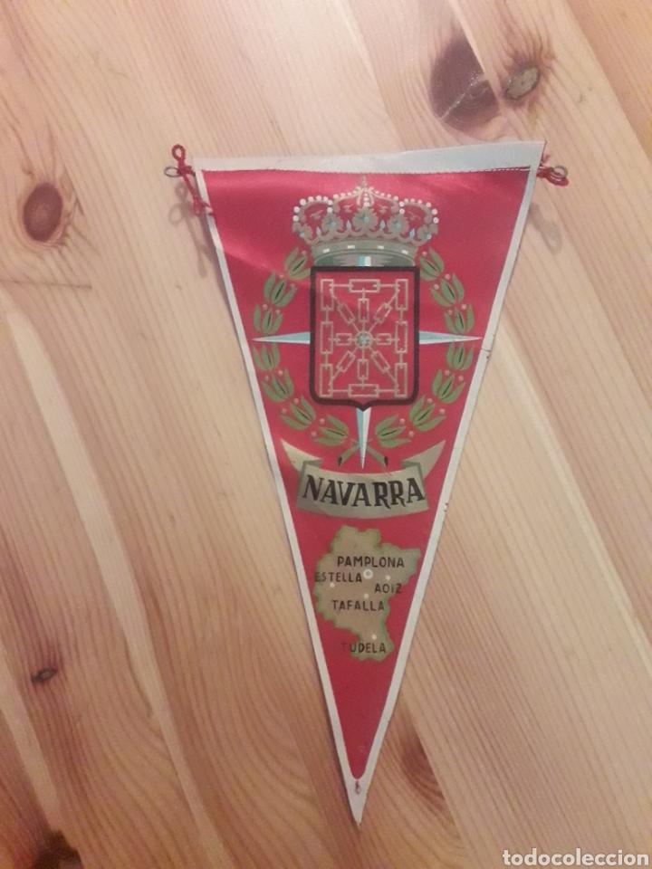 BANDERIN NAVARRA PAMPLONA ESTELLA AOIZ TAFALLA TUDELA (Coleccionismo - Banderines)