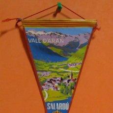 Banderines de colección: BANDERIN SALARDU MEDIDAS 14,5 X 29 CMS APROX.. Lote 135042982