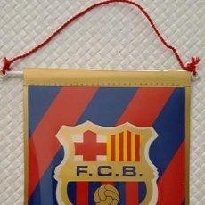 Banderines de colección: BANDERIN DEL F.C.B BARCELONA DE MEDIDAS 15 CTMS DE LARGO X 11 CTMS DE ANCHO -. Lote 137763242