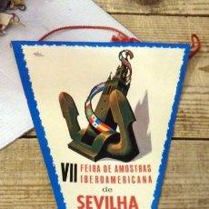 Banderines de colección: SEVILLA, 1967, BANDERIN VII FERIA IBEROAMERICANA DE MUESTRAS, EN PORTUGUES, RARO. Lote 144337566