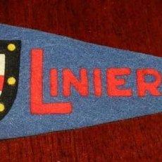 Banderines de colección: ANTIGUO BANDERIN DEL BARCO LINIERS, REALIZADO EN FIELTRO, MIDE 23 CMS APROX. . Lote 155431638