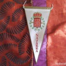 Banderines de colección: BANDERINES-V39-A-ANTIGUO-26X14CM-ESPAÑA-NAVARRA. Lote 159549034