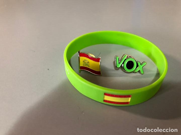 sitio de buena reputación 62e93 b7201 Vox pin vox,pulsera y bandera - Vendido en Venta Directa ...
