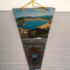 Banderines de colección: BANDERIN DE SAN SEBASTIAN AÑOS 60. Lote 169239360