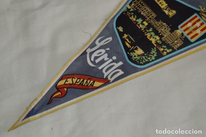 Banderines de colección: Vintage - LOTE 2 BANDERINES - LÉRIDA - FUENTE LUMINOSA / SEO ANTIGUA - AÑOS 60 - HAZ OFERTA! - Foto 9 - 171026630