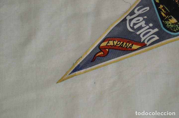 Banderines de colección: Vintage - LOTE 2 BANDERINES - LÉRIDA - FUENTE LUMINOSA / SEO ANTIGUA - AÑOS 60 - HAZ OFERTA! - Foto 10 - 171026630