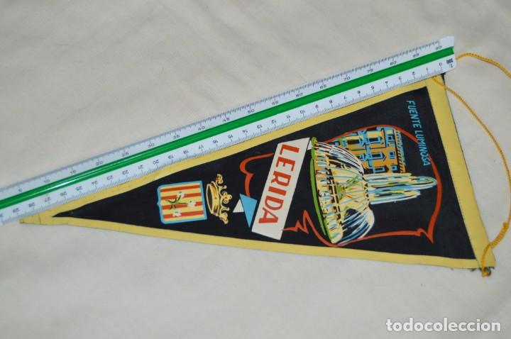 Banderines de colección: Vintage - LOTE 2 BANDERINES - LÉRIDA - FUENTE LUMINOSA / SEO ANTIGUA - AÑOS 60 - HAZ OFERTA! - Foto 12 - 171026630