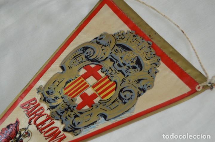 Banderines de colección: Vintage - LOTE 2 BANDERINES - BARCELONA / MONTSERRAT - PRECIOSOS - AÑOS 60 - HAZ OFERTA! - Foto 3 - 171026797