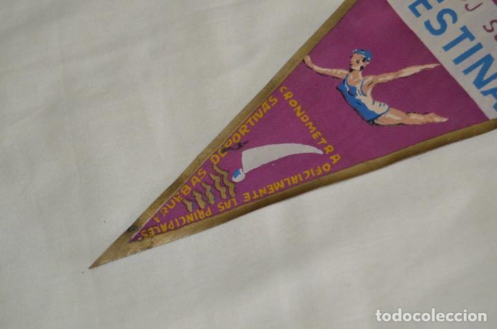 Banderines de colección: ANTIGUO BANDERÍN - RELOJ SUIZO FESTINA - CRONOMETRADOR OFICIAL - VINTAGE - AÑOS 60 - HAZ OFERTA - Foto 4 - 171027638