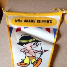 Banderines de colección: LOTE DE 2 BANDERINES DE LA TRIBU ADAMS CLIPPERS. CHICLE ADAMS AÑOS 60.. Lote 175650958