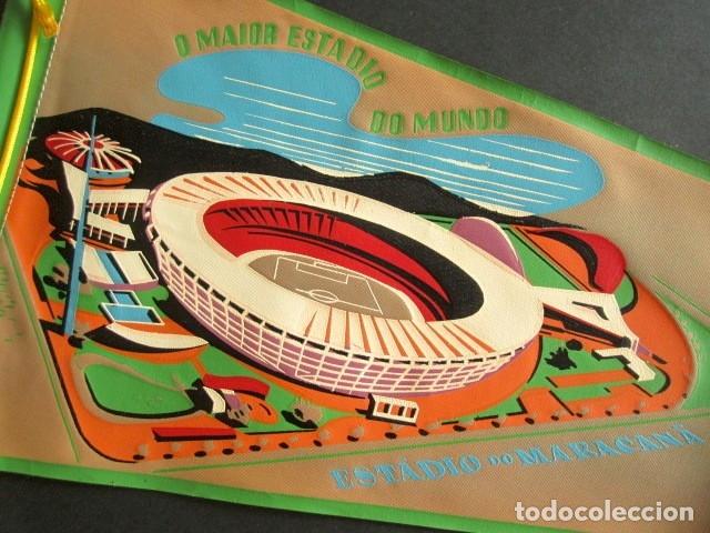 Banderines de colección: ANTIGUO BANDERÍN ESTADIO DO MARACANÁ. O MAIOR ESTADIO DO MUNDO. BRASIL. RÍO. 52 X 18 CM - Foto 2 - 178683538