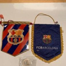 Banderines de colección: BANDERINES Y UNA MONEDA DEL BARÇA . Lote 185995722