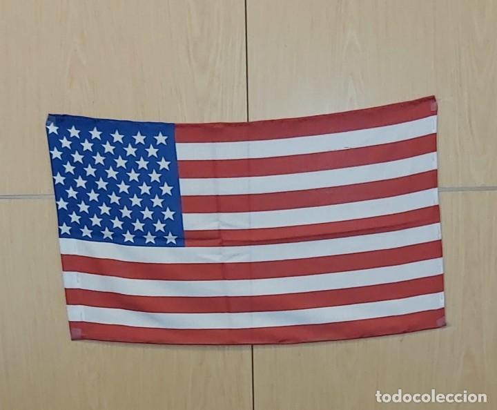 BANDERA USA 70X40 CM. ESTAMPADA A DOS CARAS .GENERO ACRILICO.JARETA PARA UN ASTA. (Coleccionismo - Banderines)