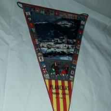 Banderines de colección: ANTIGUO BANDERÍN PLANOLAS PIRINEO CATALÁN. Lote 194255138