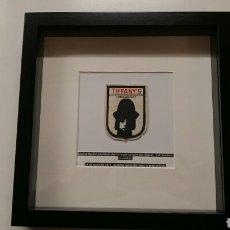 Banderines de colección: TIFFANY'S PARCHE EMBLEMA ORIGINAL DESAPARECIDO DISCOTECA DETORREMOLINOS 197O-1975. ESCUDO. ESPAÑA.. Lote 194638273