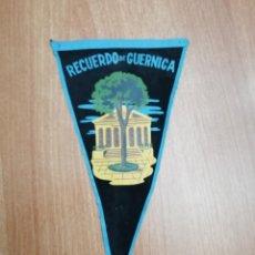Banderines de colección: BANDERIN DE RECUERDO DE GUERNICA. Lote 195304871