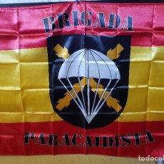 Banderines de colección: BANDERA DE LA BRIGADA PARACAIDISTA 150CMX90CM. Lote 195473943
