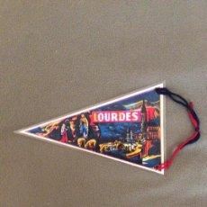 Banderines de colección: BANDERÍN LOURDES. DOBLE CARA.PLASTIFICADO.. Lote 195956003