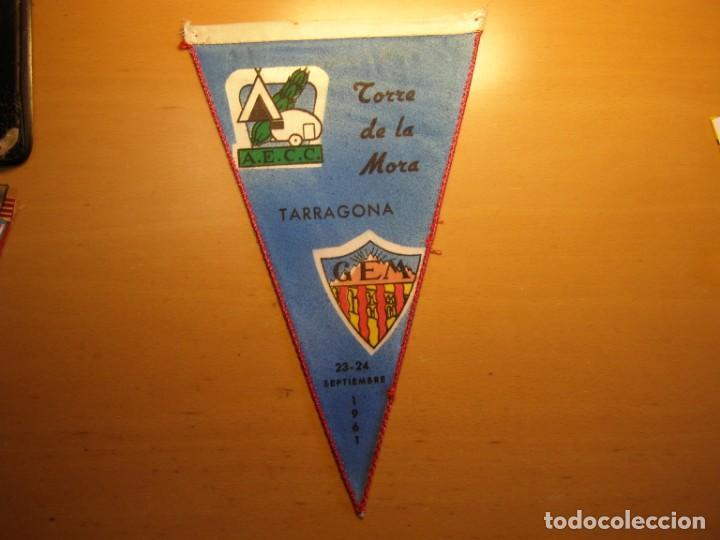 BANDERIN DE LA TORRE DE LA MORA, CAMPAMENTOS AECC-CEM, AÑO 1961. (Coleccionismo - Banderines)