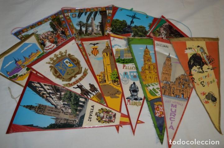 VINTAGE - COLECCIÓN DE 12 ANTIGUOS BANDERÍNES - DE PROVINCIAS DE ESPAÑA -- AÑOS 50 / 60 (Coleccionismo - Banderines)