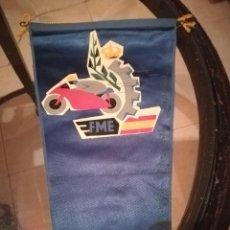 Banderines de colección: ANTIGUO BANDERÍN DE FEDERACIÓN MOTOCICLISTA ESPAÑOLA. Lote 210165905
