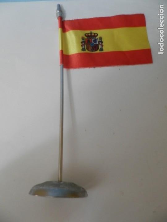 Banderines de colección: BADERINES DE MESA BANDERA ESPAÑOLA BANDERIN - Foto 3 - 217877046