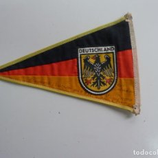 Fanions de collection: BANDERIN DEUTSCHLAND. ALEMANIA. Lote 220524256