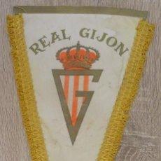Banderines de colección: BANDERIN REAL GIJON. Lote 233112590