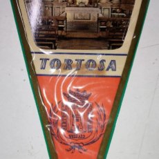 Banderines de colección: BANDERIN CATEDRAL DE TORTOSA (TARRAGONA) AÑOS 60. Lote 240885235