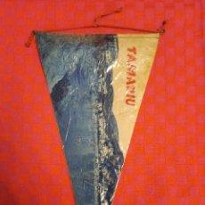 Banderines de colección: BANDERIN ANTIGO TAMARIU CON SU ENVOLTORIO DE PLASTICO. Lote 253795195