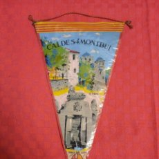 Banderines de colección: BANDERIN ANTIGO CALDES DE MONTBUI CON SU ENVOLTORIO DE PLASTICO. Lote 253796530