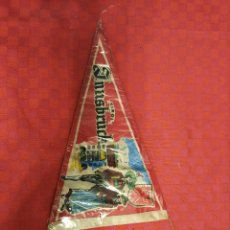 Banderines de colección: BANDERIN ANTIGUO INNSBRUCK 1964 CON SU ENVOLTORIO DE PLASTICO. Lote 253813645