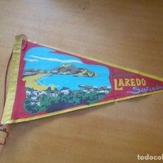 Banderines de colección: ANTIGUO BANDERÍN. LAREDO. SANTANDER. COSTA ESMERALDA.. Lote 255537140