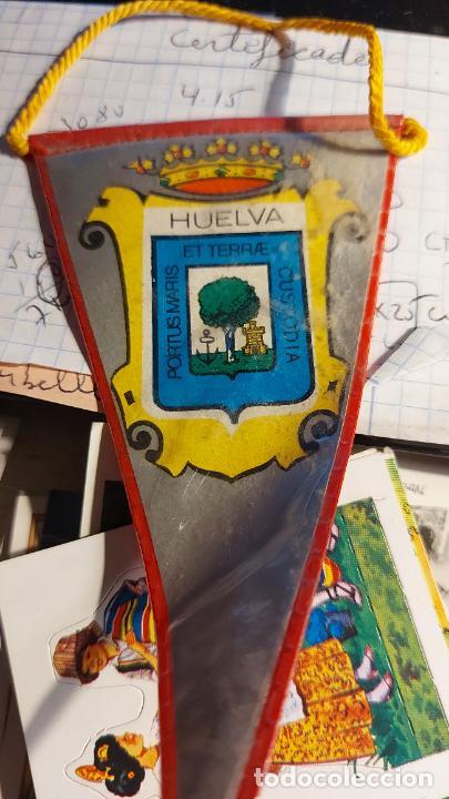 BANDERIN DE LA CIUDAD DE HUELVA 11X6CM (Coleccionismo - Banderines)