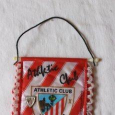 Banderines de colección: BANDERIN ATHLETIC CLUB BILBAO Y PIN. Lote 269604293
