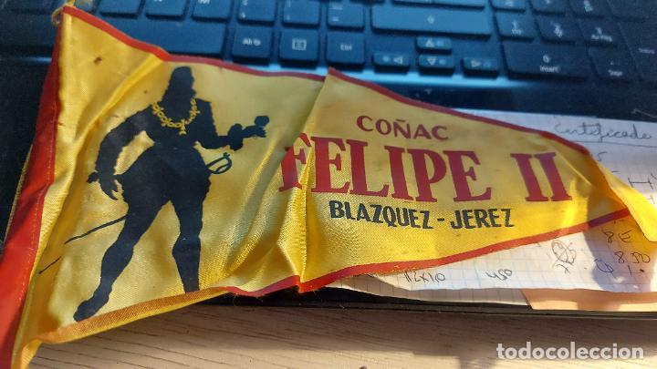 BANDERIN DE COÑAC -FELIPE II-BLAZQUEZ JEREZ 26CM MIDE DE LARGO (Coleccionismo - Banderines)