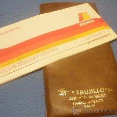 Coleccionismo Billetes de transporte: TRES BILLETES DE PASAJE Y TALON DE IBERIA Y FUNDA DE VIAJES TRUJILLO S.L.CEUTA.AÑO 83.. Lote 37190618
