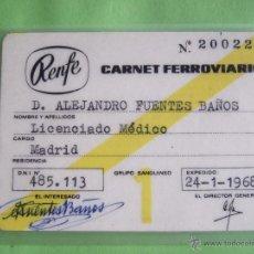 Coleccionismo Billetes de transporte: CARNET FERROVIARIO RENFE - LICENDICADO MEDICO - 1968 . Lote 49709205