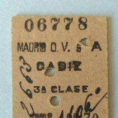 Coleccionismo Billetes de transporte: BILLETE RENFE MADRID-CÁDIZ TERCERA CLASE - 1948. Lote 126344799