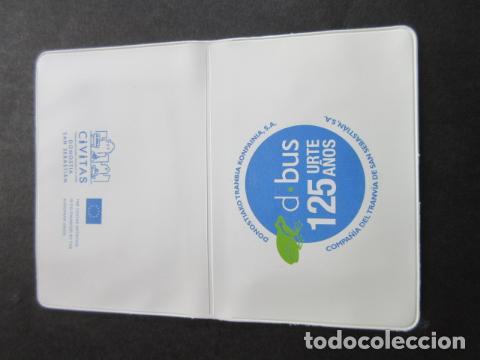 PORTA TARJETA CONMEMORATIVA 125 AÑOS DBUS SAN SEBASTIAN - FERROCARRIL METRO AUTOBUS RENFE TRANVIA (Coleccionismo - Billetes de Transporte)