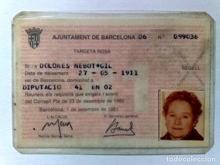 TARJETA ROSA DE TRANSPORTE PUBLICO,A FAVOR DE PERSONA NACIDA 1911 (EXP. 09/81) DESCRIPCIÓN (Coleccionismo - Billetes de Transporte)