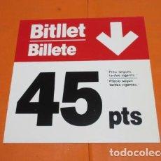 Coleccionismo Billetes de transporte: ANTIGUO CARTEL PRECIO BILLETE TRANVIA O AUTOBUS DE BARCELONA REVERSIBLE PLASTICO MUY DURO LEER INTER. Lote 198892455