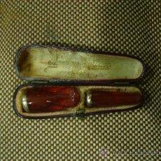 Boquillas de colección: ANTIGUAS BOQUILLAS PAPA PUROS DE AMBAR CON CERCO DE ORO.. Lote 22544176