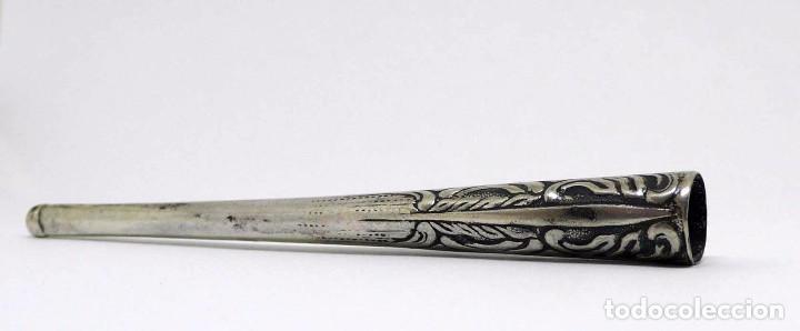 Boquillas de colección: Antigua boquilla para cigarrillo de plata cincelada - Art Nouveau Principios S.XX - Foto 2 - 95095587