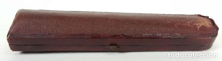 Boquillas de colección: BOQUILLA PARA FUMADORES. RESINA SIMIL AMBAR. REMATES DE PLATA. CIRCA 1940. - Foto 6 - 129967591