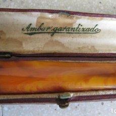 Boquillas de colección: ANTIGUA Y GRAN BOQUILLA PARA FUMAR EN AMBAR AUTENTICO EN SU FUNDA LONGITUD 10,5 CMTS.. Lote 155780534